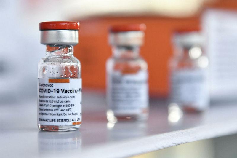Таджикистан получит еще одну китайскую вакцину от COVID -19